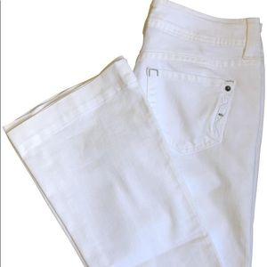 Genetic denim White flare Jeans Size 26